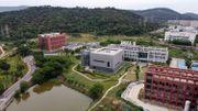 Un accident de laboratoire à Wuhan est-il à l'origine du Covid-19? Des scientifiques appellent à reconsidérer cette hypothèse