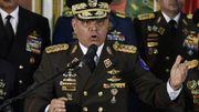 Le général Vladimir Padrino Lopez, le ministre de la défense vénézuélien, donne une conférence de presse le 24 janvier 2019 à Caracas