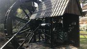 Il font revivre d'anciennes roue à Aubes pour produire leur propre électricité