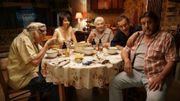 """Dany Boon renoue avec ses racines dans """"La Ch'tite famille"""" en se moquant des snobs"""
