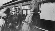Germ. Soldiers at Railway Car, Compiegne Soldats allemands devant wagon / Compiegne Soldats allemands devant wagon / Compigne