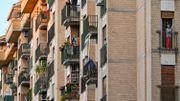 Coronavirus en Italie: Chanter sur le balcon pour contrer le confinement