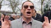 Jean-Claude Van Damme réalise des courts-métrages surréalistes durant son confinement