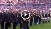 "[Zapping 21] Le Stade de France reprend ""Don't look back in anger"" en hommage aux victimes des attentats anglais"