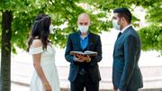 Fini le mariage, place aux célébrations païennes !