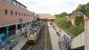 Les quais et les voies seront prolongés de 70 mètres en direction du parking RER, pour le confort des navetteurs. Des trains plus longs pourront entrer en gare de LLN.