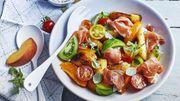 Recette : Salade de pêches rôties et jambon Serrano