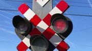 automobiliste ou piéton , s'engager sur passage au rouge peut vous tuer