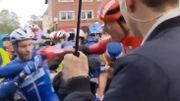 Sénéchal, le boxeur, assène un coup de poing au malheureux Walscheid au Muensterland Giro
