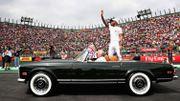 """Hamilton : """"Surréaliste d'égaler le record de Fangio après une horrible course"""""""