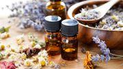 Grossesse: les huiles essentielles qui apaisent les maux