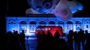 Lyon: la Fête des lumières lancée en plein jeudi noir