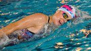 Alexandra Tondeur programme des séances de 2h plusieurs fois par semaine à la piscine du Blocry à Louvain-la-Neuve.