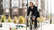 Aller au travail en marchant ou à vélo pourrait réduire significativement le risque de maladie ou de crise cardiaque