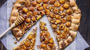 Recette : Tarte rustique aux mirabelles, noisettes et miel