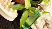 Les bienfaits de l'huile essentielle de l'arbre à thé sur votre peau...