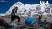 """Le mont Everest en passe de devenir """"le plus haut dépotoir au monde"""""""