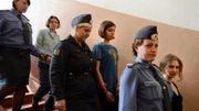 Russie: deux ans de camp pour les trois femmes du groupe Pussy Riot