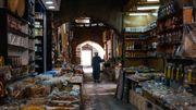 Oman le sultanat des épices, des dattes et de l'encens...des richesses exposées à l'ombre des souks du pays.