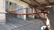 Les travaux de couverture du bas-côté nord de la nef