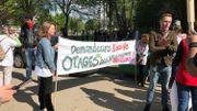 Manifestation des travailleurs de la Croix-Rouge contre la politique d'asile de Théo Francken