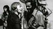 "John Lennon et Chuck Berry sur ""Johnny B. Goode"""