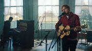 Ed Sheeran dévoile un nouveau titre dans une vidéo live guitare + piano