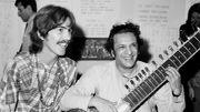 Une vidéo rare de George Harrison apprenant le sitar avec Ravi Shankar