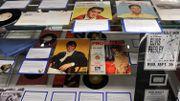 Une combinaison de scène et d'autres effets personnels d'Elvis Presley aux enchères