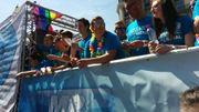 Le cortège de la 9ème Gay Pride déambule dans Bruxelles