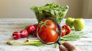 Enlever les pesticides de la peau des fruits et légumes : 3 astuces qui marchent