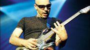 Caritatif: Joe Satriani et Santana