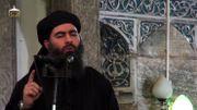 Le leader de l'Etats islamique, Abu Bakr al-Baghdadi, aka Caliph Ibrahim, prêchant dans une mosquée de Mossoul. Baghdadi, extrait d'une vidéo de propagande du 5 juillet 2014.