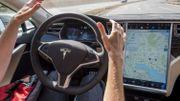 Les Tesla pourront bientôt gérer les panneaux stop, les ronds-points et les feux rouges