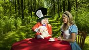 Alice au pays des merveilles : un conte fou et complétement improvisé