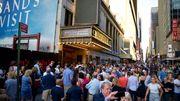 Etonnant: des shows de Broadway dans la rue, lors de la panne de courant à New York