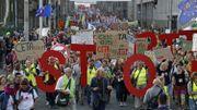 Les manifestants à Bruxelles contre le TTIP et le CETA