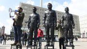 Un monument à Assange, Manning et Snowden devant l'ONU à Genève