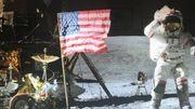 Une icône: une marche lunaire avec la Mission Apollo 16