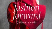 """Les Arts décoratifs reviennent sur trois siècles de mode avec l'expo """"Fashion Forward"""""""