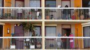 Confinement : de la gym pour les seniors, du trottoir au balcon à Bordeaux