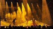 Le groupe rock The strokes a donné un concert devant des milliers de personnes hier à Durham dans le New Hampshire