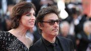 """""""Mon chien stupide"""" : le prochain film d'Yvan Attal avec Charlotte Gainsbourg"""
