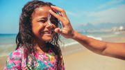 Protection solaire : risques sanitaires, efficacité, impact sur l'environnement