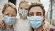 Le port du masque va-t-il devenir la norme dans le monde ?