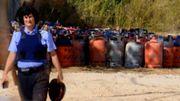 Des bonbonnes de gaz retrouvées lors de perquisitions à Alcanar, en Espagne après l'attentat de Barcelone, le 18 août 2017