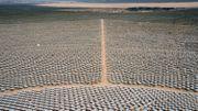 Data centre de production d'énergie de Google dans le désert de Mojave (Californie).