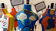 Exposition : les comportements humains dévoilés grâce au travail coloré de Cindy Kaiser