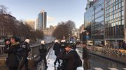 Gilets jaunes à Bruxelles: les autopompes entrent en action boulevard du Régent (photos et vidéos)