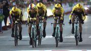 Une piscine éclate et fait tomber les coureurs de Jumbo-Visma et UAE Emirates à la Vuelta